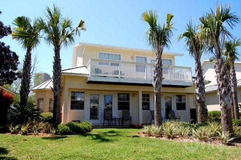 Back of the cottage - Mainsail Cottage-3Br/2.5Ba  Summer's coming!  Book now! - Miramar Beach - rentals