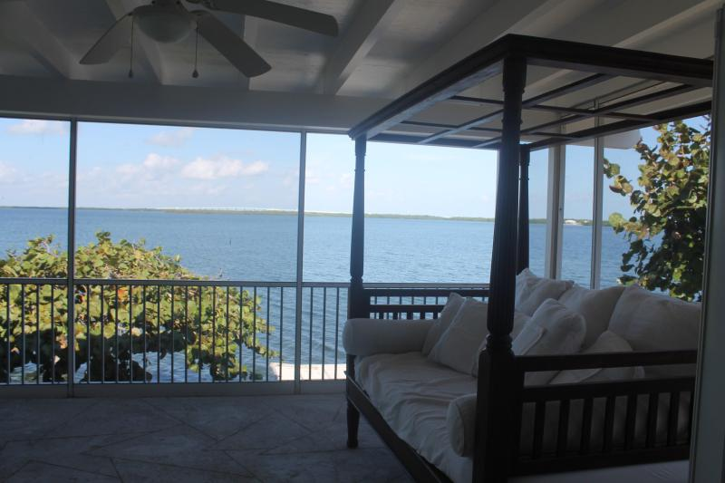 Gorgeous, Large Private Home w/open Bay & SwimSpa - Image 1 - Key Largo - rentals