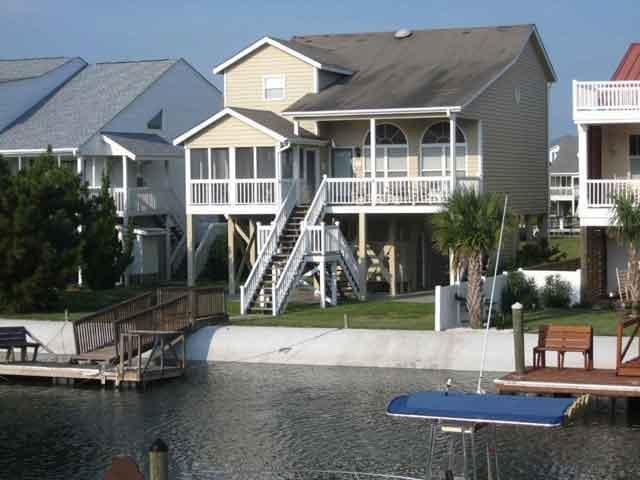 25 Leland- Waterside with Private Dock - 5br/4ba Canal Waterfront Home-25 Leland w/2 Kayaks - Ocean Isle Beach - rentals