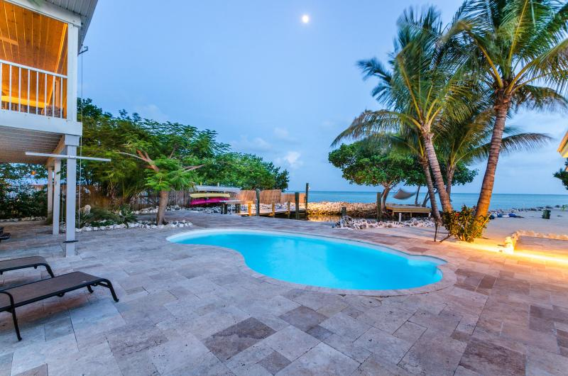 Pool, Ocean - Paradise - Sandy Beach, Direct Ocean, Pool, Dock & Lagoon - Marathon - rentals