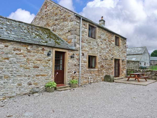 THE STABLE, working farm, open fire, patio with rural views in Shap, Ref 21755 - Image 1 - Shap - rentals