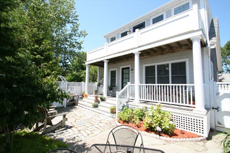 View of front of property - 28 Conwell Street 114112 - Provincetown - rentals