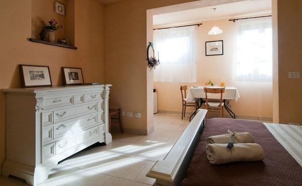 Big & Bright Studio in Tuscany near Cortona - WiFi - Image 1 - Castiglion Fiorentino - rentals