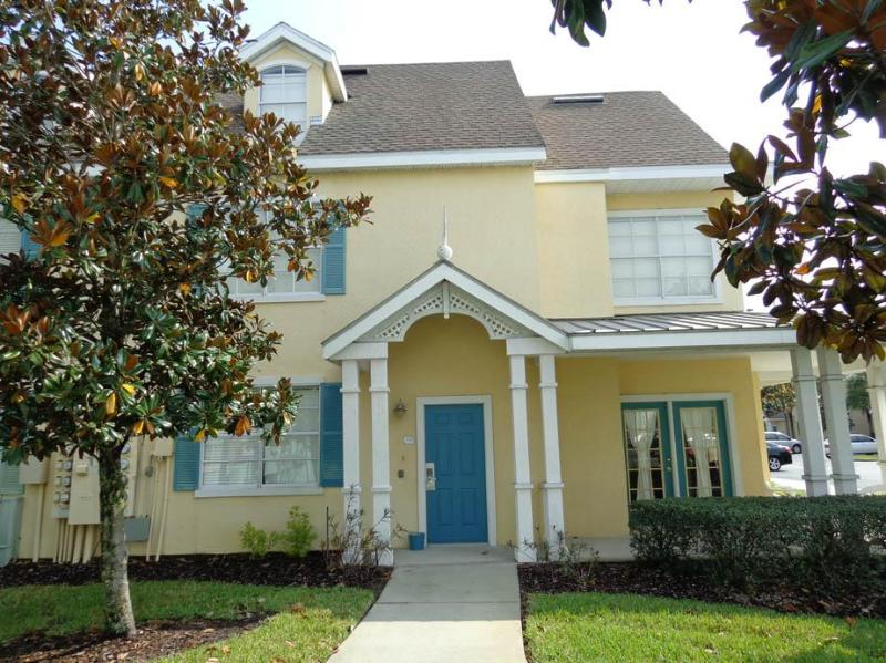 Exterior - Great 2Bed,  4m DISNEY, Shuttle, Wifi, Pool, Rec. - Kissimmee - rentals