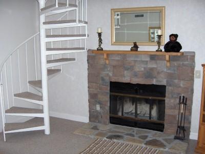 1 BR Condo + Loft Mtn Vistas E304 - Image 1 - Gatlinburg - rentals