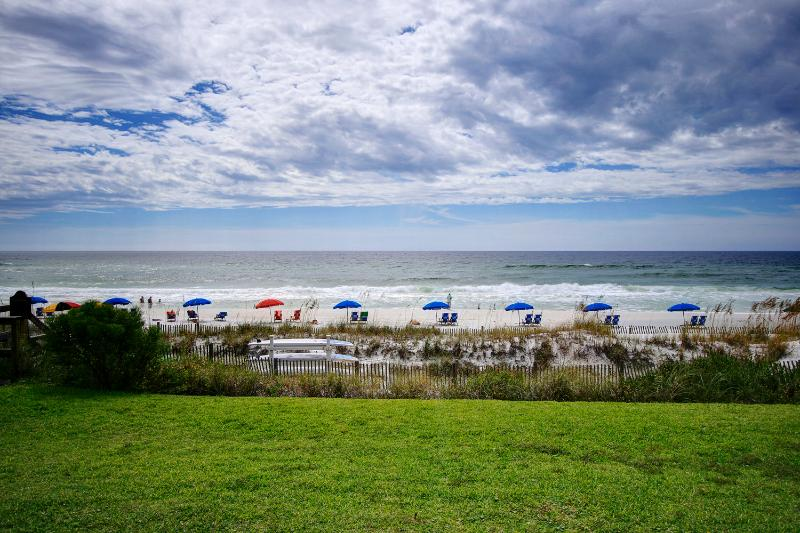 Crystal Villas A-2 -AVAIL 8/21-8/28*Buy3Get1Free8/1-10/31*NEW Carpet & A/C! BeachFront in Crystal Be - Image 1 - Destin - rentals