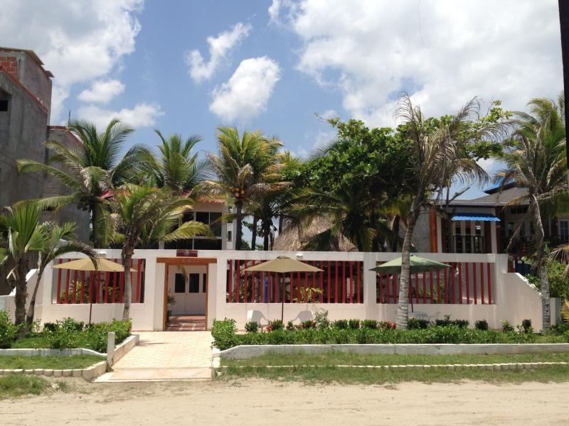 Casa Hotel Galeones - Beach Front House 4BDR/4BATH - Image 1 - Cartagena - rentals