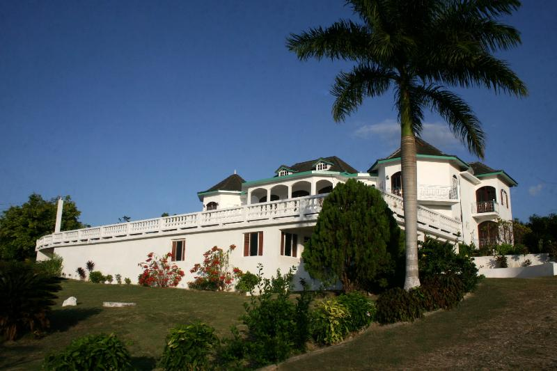 - Seaview Chateau Villa - Montego Bay - rentals