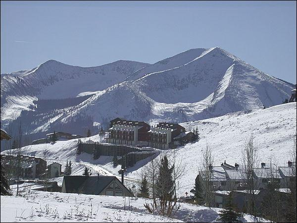 Magnificent Mountain Setting - Cozy Eagle's Nest Condo - Perfect for Groups or Families (1283) - Crested Butte - rentals