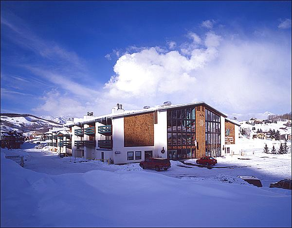 Three Seasons Condos - Convenient & Inviting Accommodations - Wonderful Resort-Style Amenities (1329) - Crested Butte - rentals