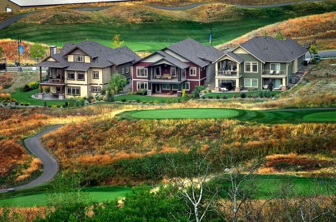 BEAUTIFUL HOME..EXCELLENT LOCATION!  GOLF/LAKE/SKI/SPA - GREAT GOLF LAKE SKI HOME PERFECT LOCATION - Kelowna - rentals