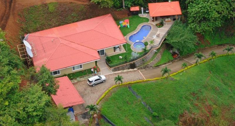 Amazing property- great privacy - Villa Los Amigos - Luxury 10 BR house in Jacó! - Jaco - rentals