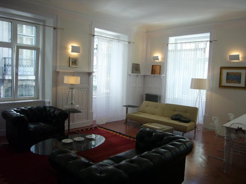Diva2 -Beautiful apartment in the center of Lisbon - Image 1 - Lisbon - rentals