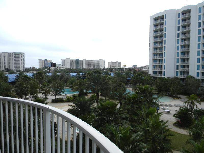 Palms Resort #1405 Jr. Suite -4th FL- Destin's Largest Lagoon Pool-Book Online! - Image 1 - Destin - rentals