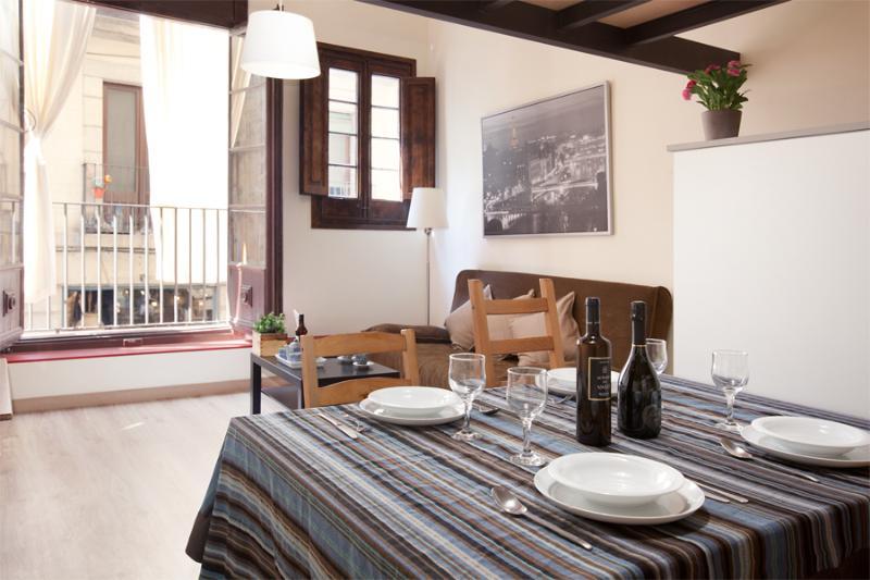 Born Canvis Vells 1 - authentic Catalan charm - Image 1 - Barcelona - rentals