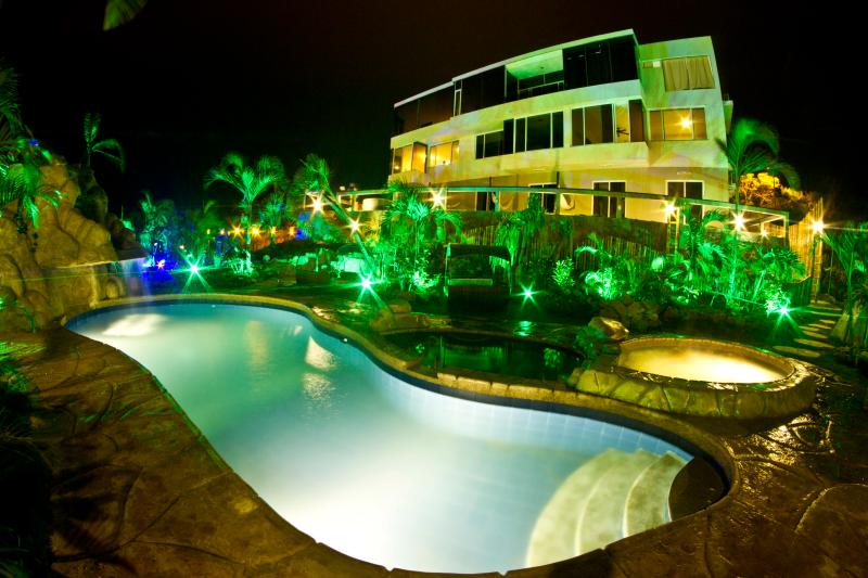 Nexpa Main Building at Night - Montanita Estates - Me Hotel & Villas - Montanita - rentals