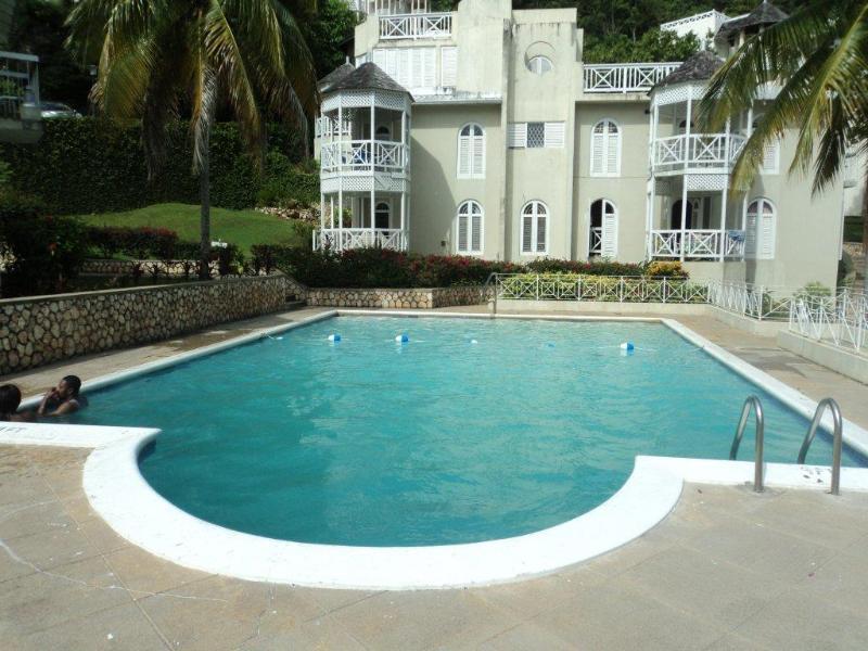 closest swimming pool to your villa.5 pools on property - JAMAICA, OCHORIOS LUXURIOS  CONDO [LONG/SHORT TERM - Ocho Rios - rentals