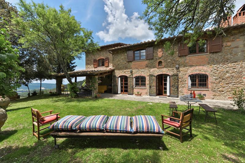 Incredible Hilltop View from Villa Carla - Image 1 - Arezzo - rentals