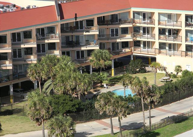 Gulf View, 3 Pools, Sleeps 8, 2 BR, 2 BA, Top Floor - Image 1 - Galveston - rentals