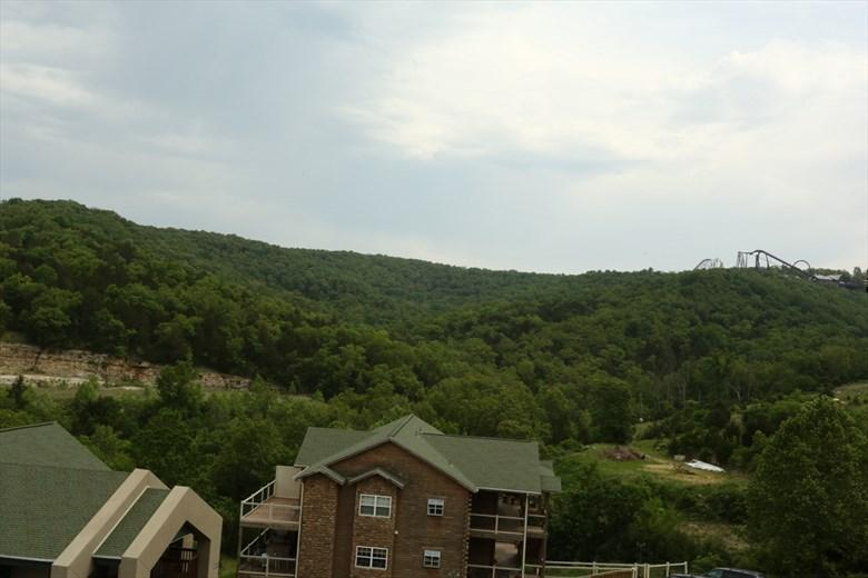 Penthouse Condo | No stairs | Fireplace | Pool | Close to Silver Dollar City (3310605) - Image 1 - Branson - rentals