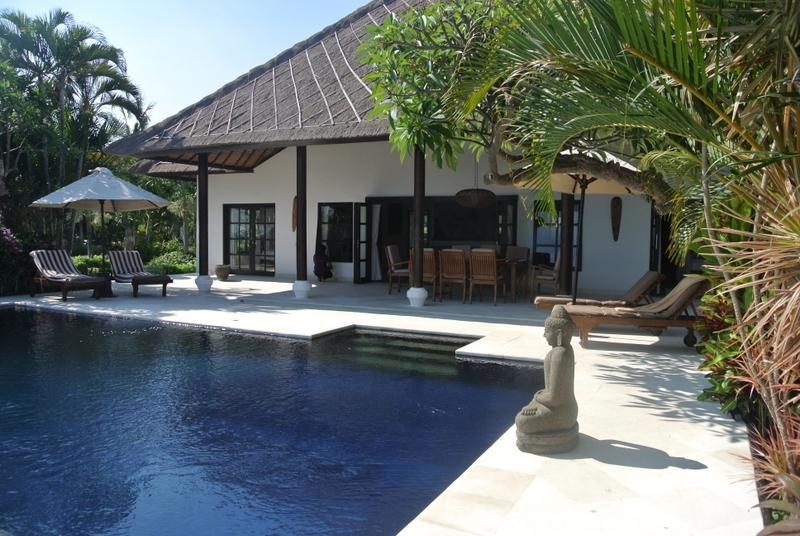 Private swimming pool at villa Branie Bali - Beach villa in Bali with private swimming pool - Lovina - rentals