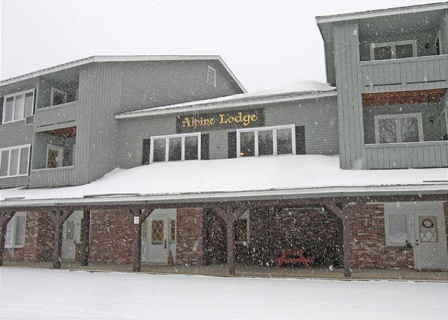 Outside the front of Alpine Lodge - Alpine Village Lodge 118 - Professionally Managed by Loon Reservation Service - North Woodstock - rentals