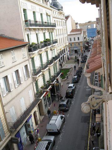 Cannes center - 2 bedroom apartment - Image 1 - Cannes - rentals