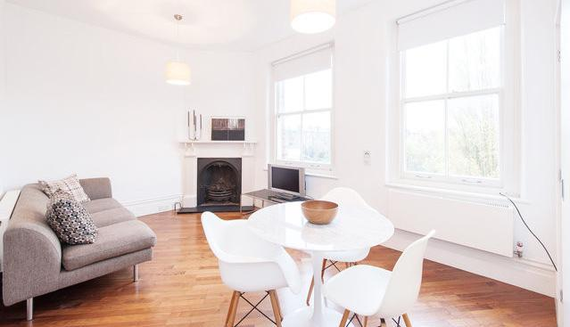 view of lounge and dining area - Very Stylish Apartment in Central London - London - rentals