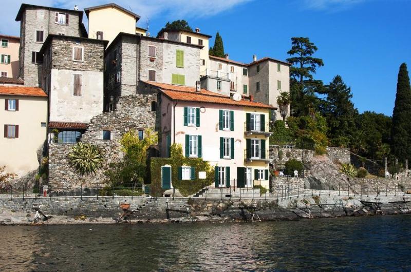 Holiday house Rezzonico San Siro Lake Como Italy - Lakeside! Lovely fishermans house, modern restored - San Siro - rentals
