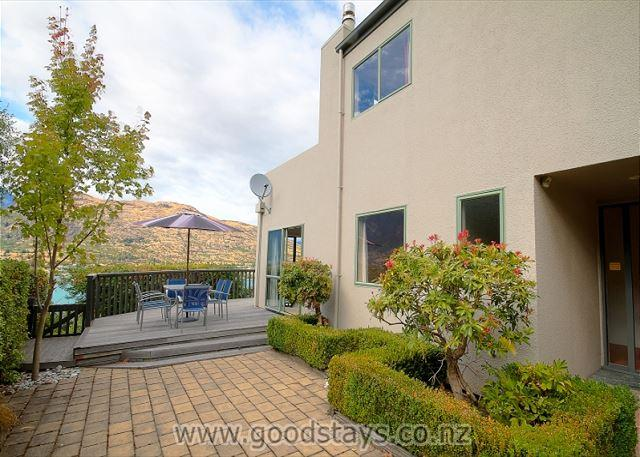 Marina Heights - Image 1 - Queenstown - rentals