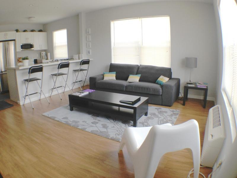 Modern 2 Bedrooms Apt 4 blocks from the Beach - Image 1 - Miami Beach - rentals