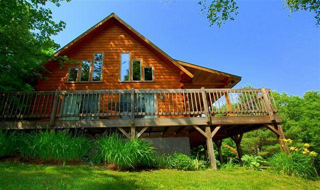 Front View - Four Seasons Log Cabin in Rural Vermont - Chelsea - rentals