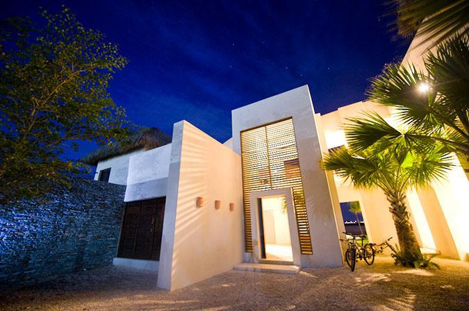 Main Entrance - SPECTACULAR VILLA. Golf and Lake settings, Cap Can - Punta Cana - rentals