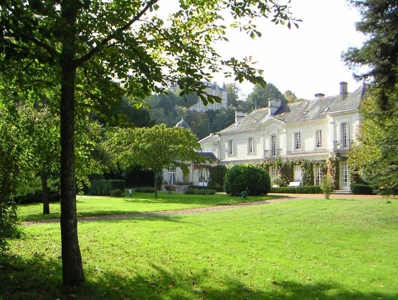 Elegant B & B in the heart of the Loire Valley - Image 1 - Larcay - rentals