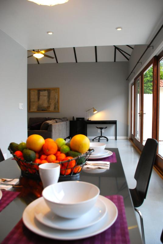 Welcome to our home! - Luxurious Family Friendly Hollywood Guest House! - Los Angeles - rentals