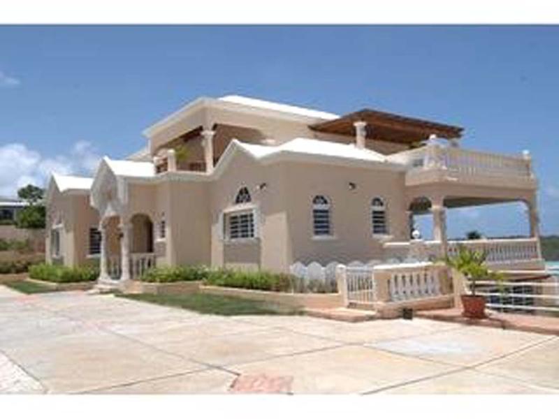 VANAGC on Road Bay, Anguilla - Image 1 - North Hill - rentals