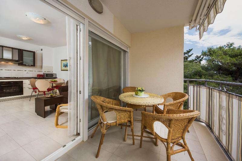 Beautiful Sunny Apartment in Bol, Croatia - Image 1 - Bol - rentals