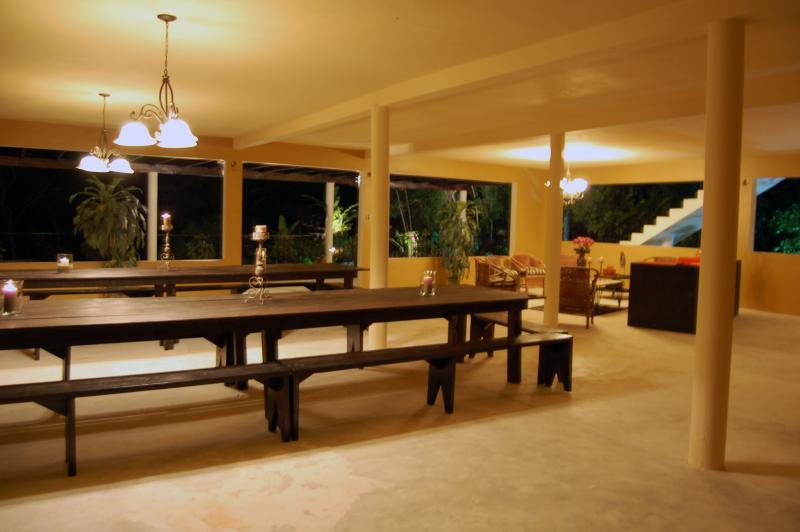 PARADISE PPA - 103352 - NEW 5 BED VILLA   EXOTIC DESIGNS   POOL   CLOSE TO BEACH - RUNAWAY BAY - Image 1 - Runaway Bay - rentals