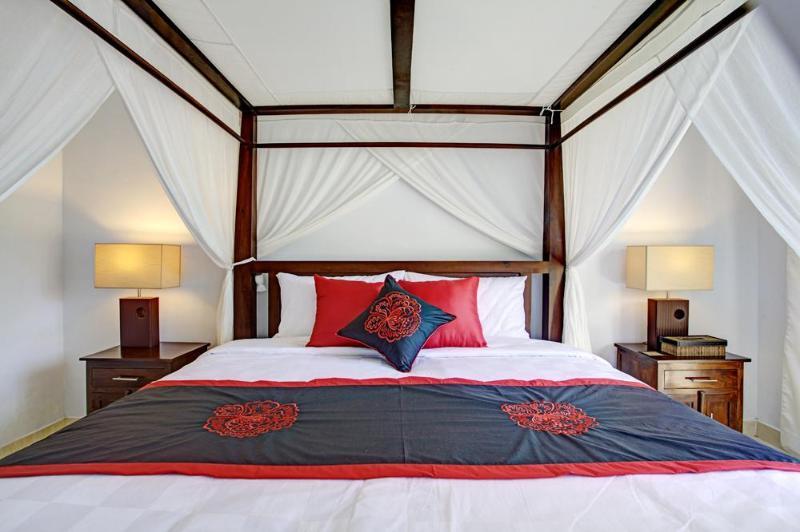 Master bedroom , King size Bed - VILLA ASHA  SEMINYAK  BOUTIQUE VILLA - Kuta - rentals