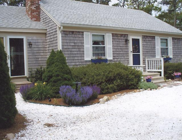 Quaint Home and Gardens at a Great Price (1024) - Image 1 - Brewster - rentals
