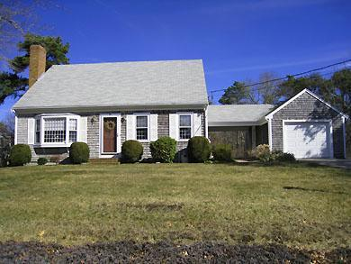 Lovely Harwich Home Near Red River Beach (1083) - Image 1 - South Harwich - rentals