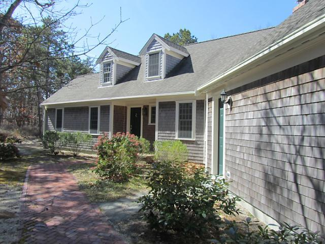 Lovely Home in Convenient Location (1354) - Image 1 - Wellfleet - rentals