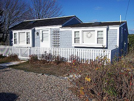 Modern & Cozy Cottage Near Mayo Beach! (1416) - Image 1 - Wellfleet - rentals