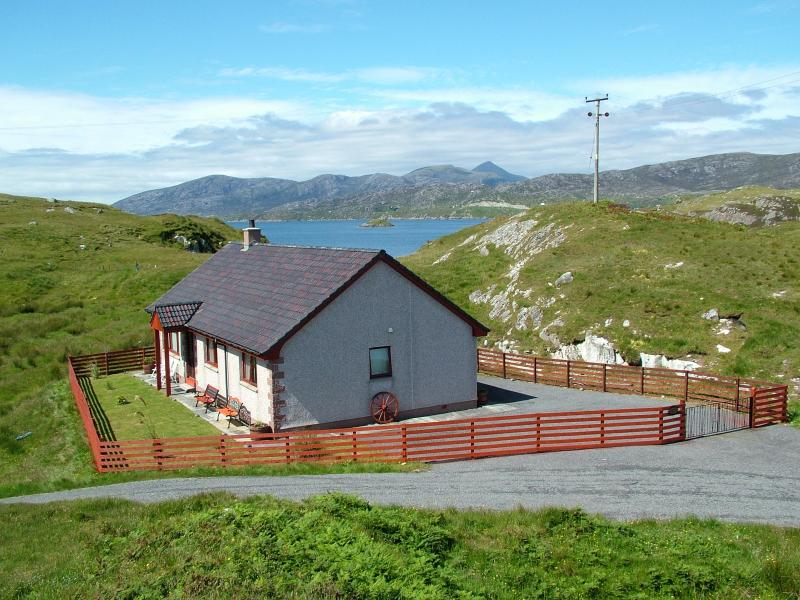 Hamarsay House - Main view - Hamarsay House SelfCatering Scalpay Isle of Harris - Isle of Harris - rentals