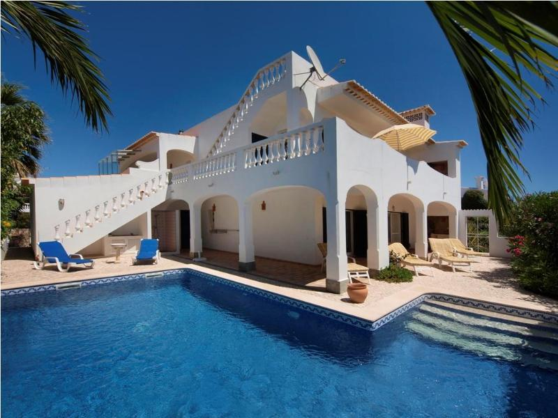 Comfortable villa, top roof terrace nice sea views - Image 1 - Lagos - rentals