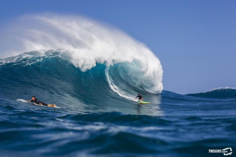 see photo brent for more great surfer photos - L Surfer ground floor parking Breakfast Supplies - Kailua-Kona - rentals