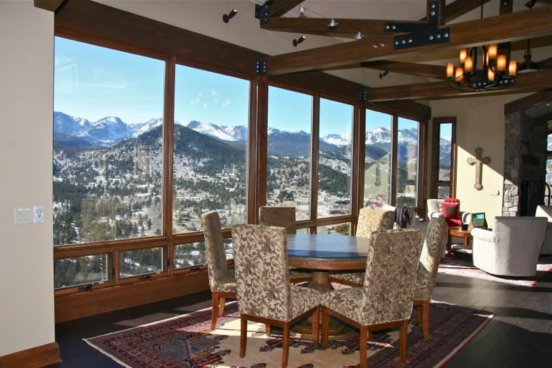 Stewart Highlands: Panoramic RMNP Views, 6 Bdrms, Hot Tub, Pool Table, Wildlife - Image 1 - Estes Park - rentals