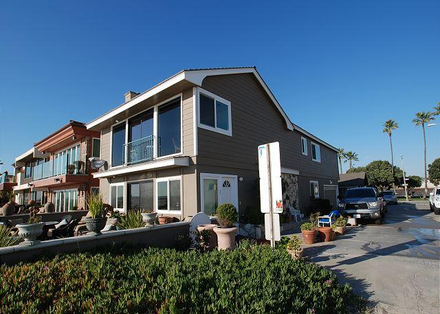 Spectacular Oceanfront Upper Unit, Shared Patio, Incredible Views! (68274) - Image 1 - Newport Beach - rentals