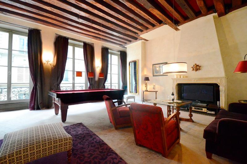 Saint Germain Prestige Parisian Vacation Rental - Image 1 - Paris - rentals