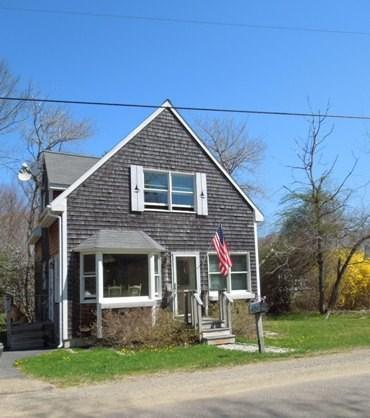 View of Cozy Cottage - COZY COTTAGE | PET FRIENDLY | FIVE ISLANDS | GEORGETOWN, MAINE | JETTED TUB | THREE BEDROOM | GAS FIREPLACE | CLOSE TO BEACHES, SHOPPING & RESTAURANTS - Boothbay - rentals